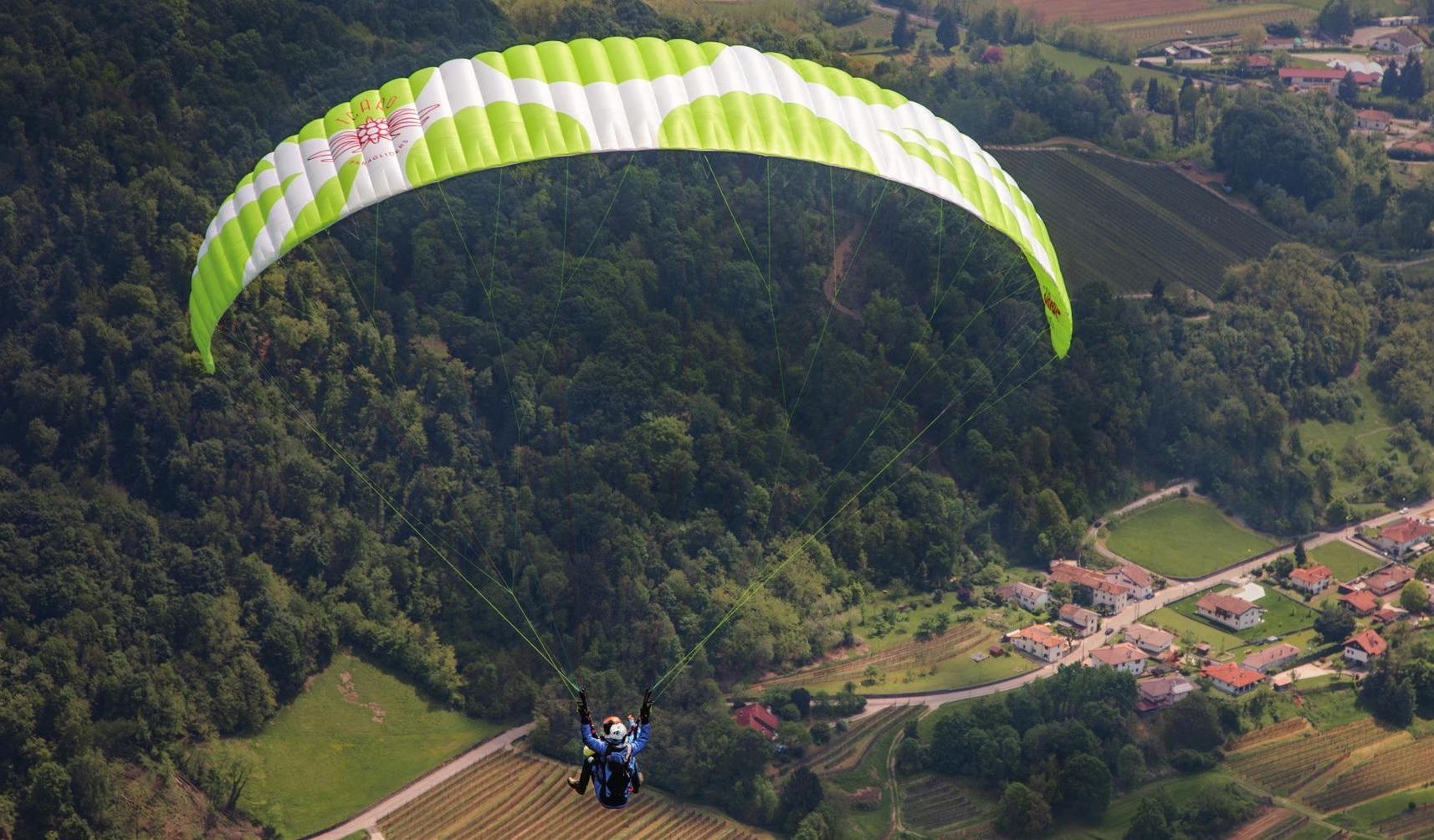 New tandem paraglider Icaro Parus 2 for sale